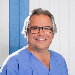 Dr. med. F. Schröder